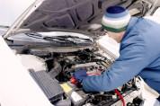 Reparatur am Auto